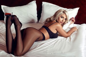 Perfect body cam girl VickyDuchess